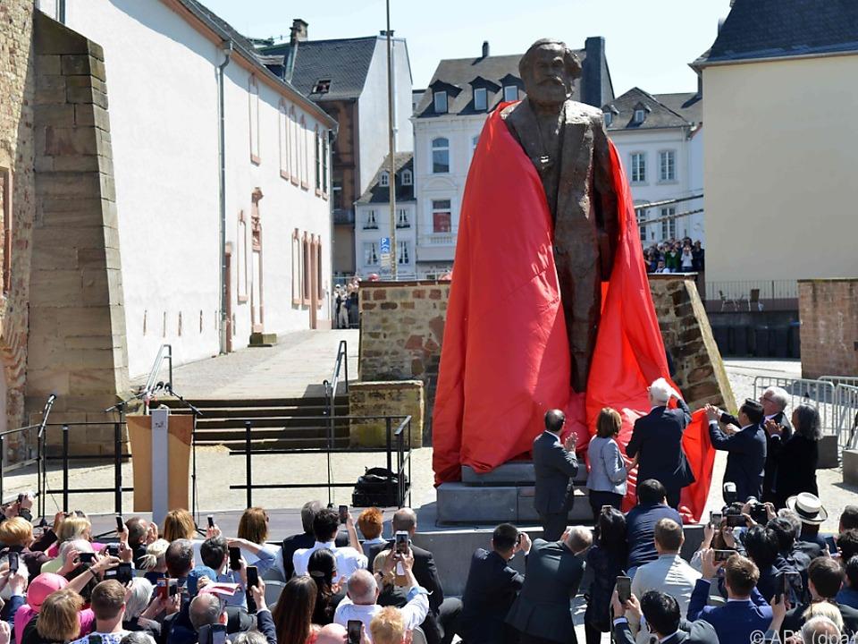 Der umstrittene Bronze-Marx ist ein Geschenk Chinas an Trier