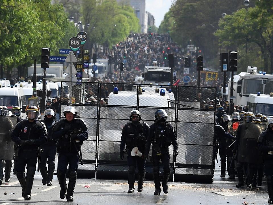 Die Pariser Polizei war schwer beschäftigt