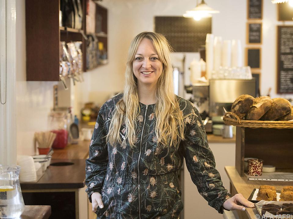 Die stolze Bäckereibesitzerin Claire Ptak liefert die Torte