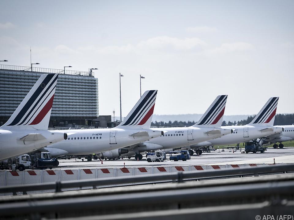 Die Streiks der Belegschaft verhindern den Start zahlreicher Flugzeuge