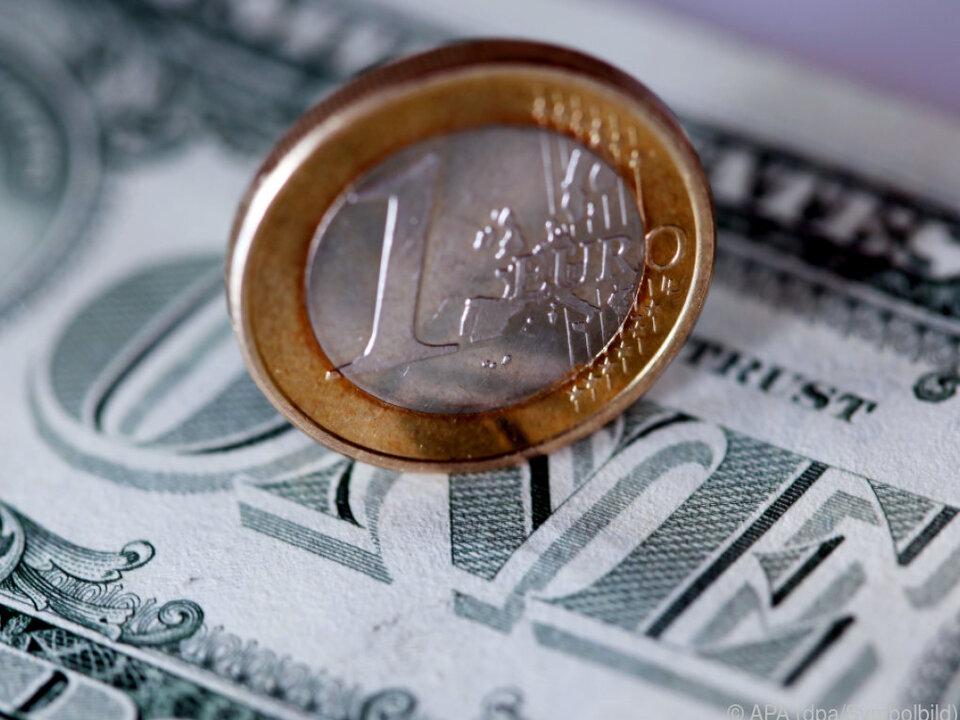Dollar legte in der Gunst der Anleger gegenüber anderen Währungen zu