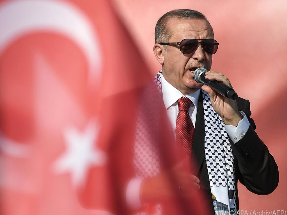 Erdogan braucht Unterstützung seiner Landsleute