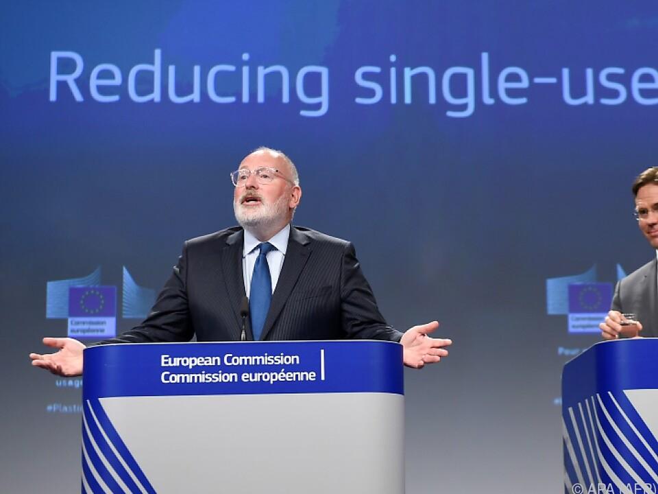 EU-Kommissar Timmermans (l.) erläuterte die Pläne