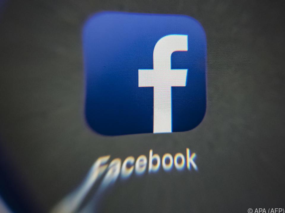 Facebook denkt über neues Geschäftsmodell nach