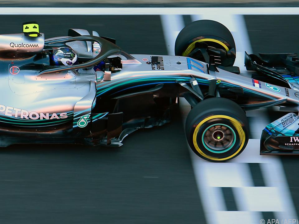 Hamilton in Katalonien auf der Pole-Position
