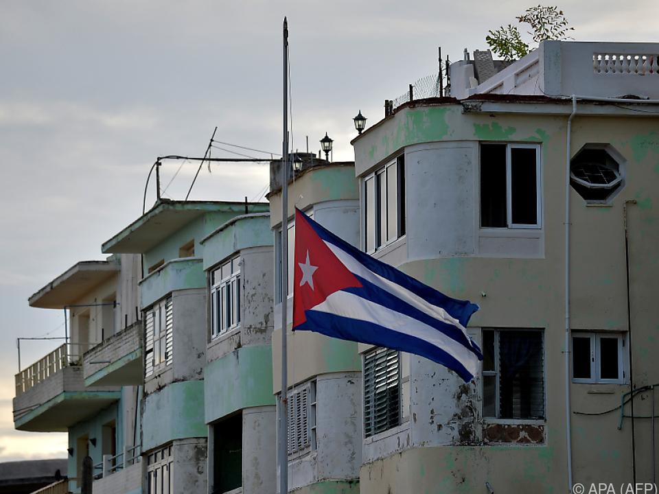 Flaggen auf Halbmast, Ermittlungen auf Hochtouren