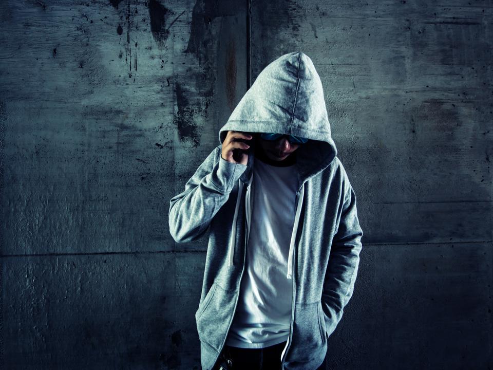 Gewalt Jugend Kapuze Handy