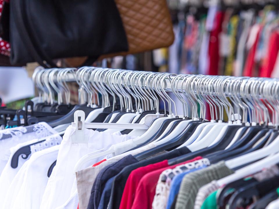 Kleiderständer Ladendieb