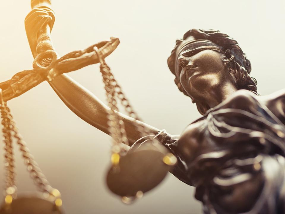 Gericht, Richter, Urteil Statue of justice