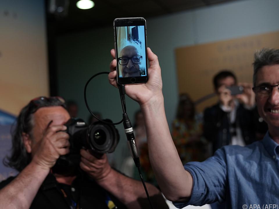 Godard nahm via Smartphone an der PK teil