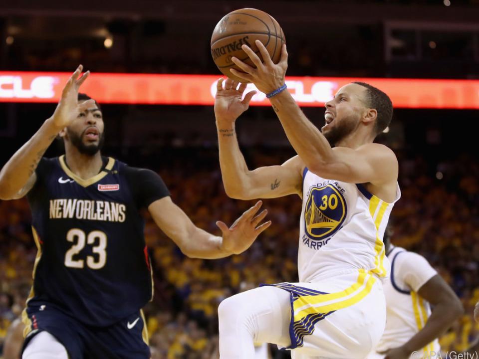 Golden State Warriors setzten sich gegen New Orleans Pelicans durch