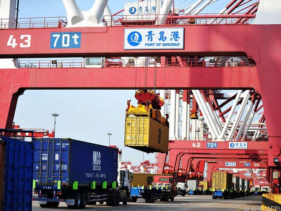Hafen von Qingdao: Entspannung im Handelsstreit zwischen China und USA