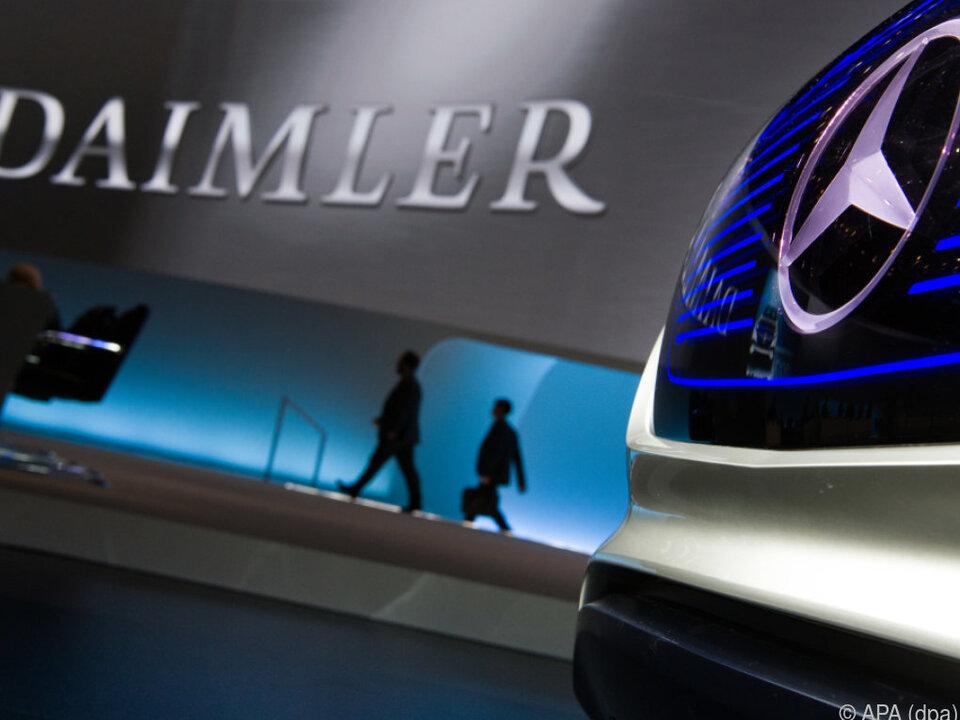 Im Dieselskandal steht nach VW nun auch Daimler am Pranger