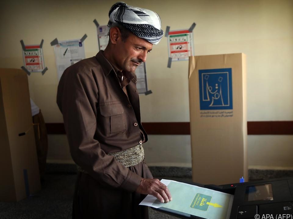Irakische Parlamentswahlen laufen bisher langsam aber ruhig