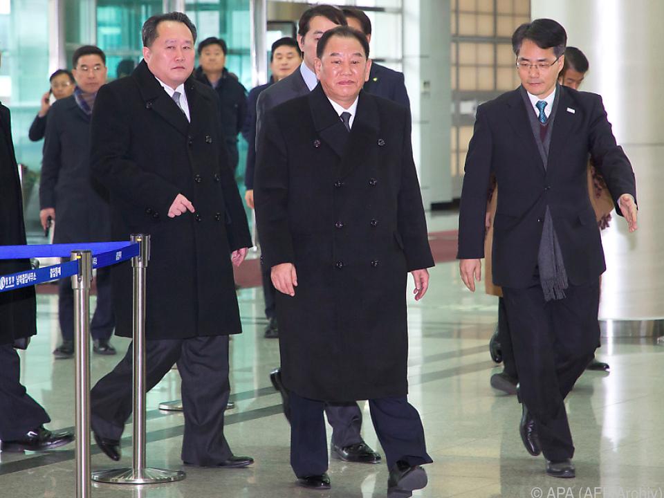 Kim Yong-chol (2.v.r.) bereitet Gipfel vor