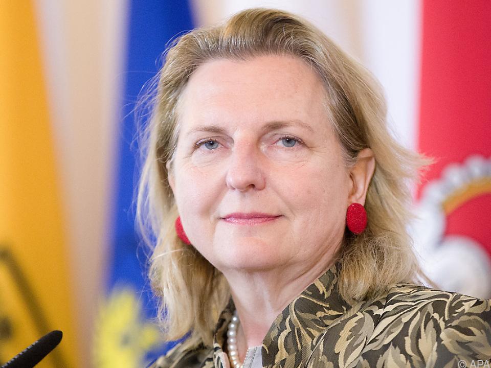 Balkan- Gipfel will Beitrittsaspiranten zu Reformen ermuntern