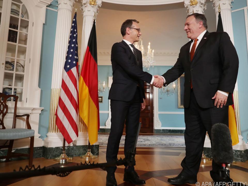 Maas wird von seinem US-Kollegen Mike Pompeo begrüßt