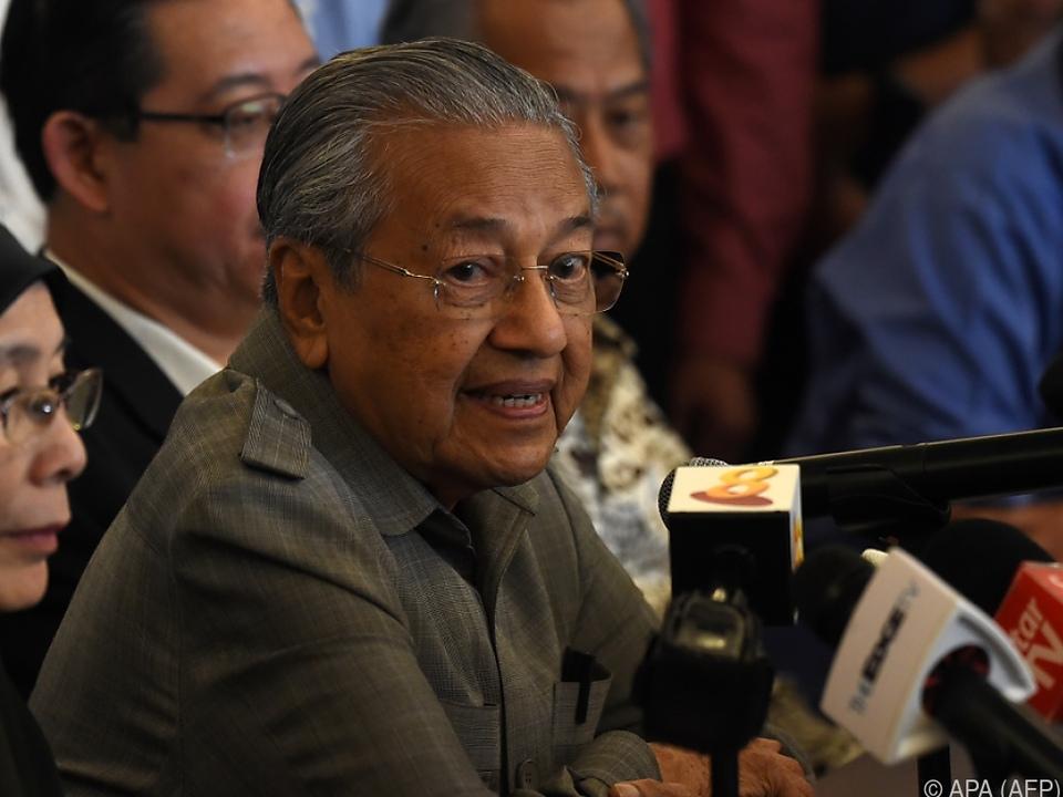 Mahathir wird mit 92 Jahren ältester Regierungschef der Welt