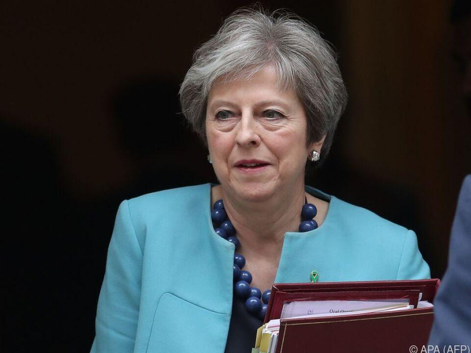 May wolle künftige Zollvereinbarungen nach Brexit noch besprechen