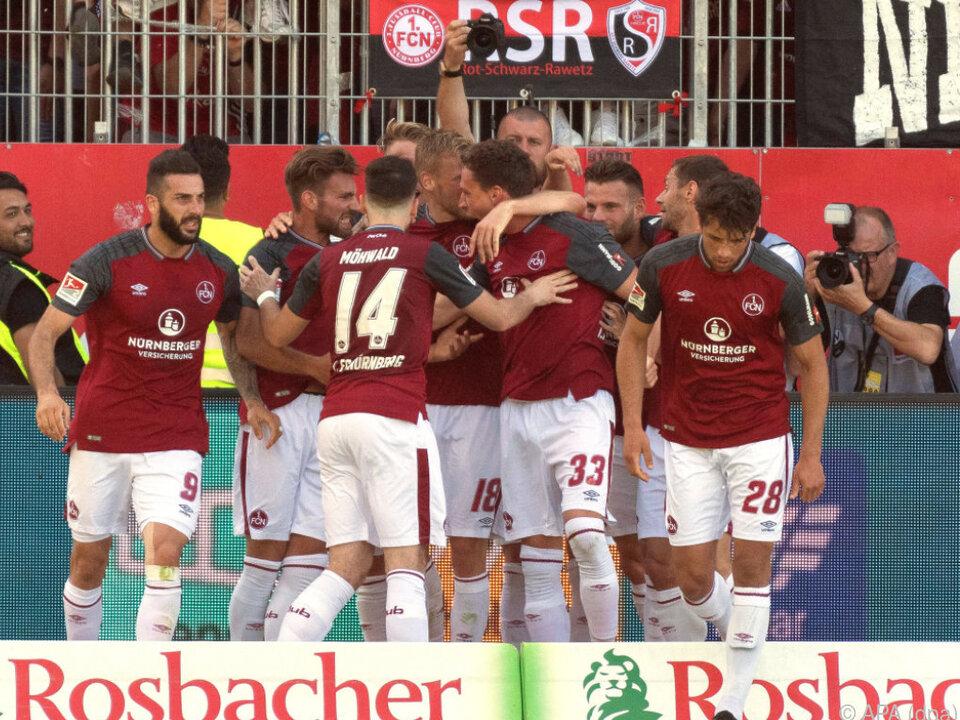 Nürnberg feierte nach Sieg in Sandhausen Aufstiegsparty