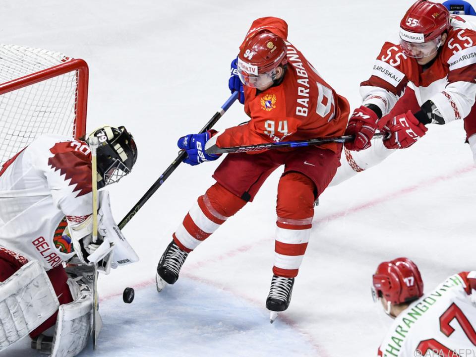 Olympiasieger Russland skatet bei der WM von Kantersieg zu Kantersieg