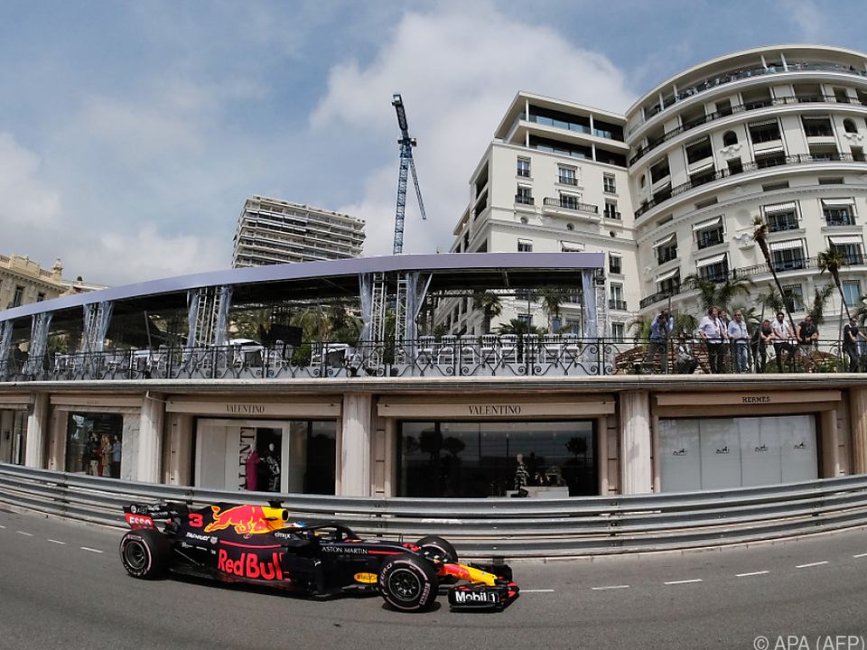 Ricciardo brannte neuen Streckenrekord in den monegassischen Asphalt