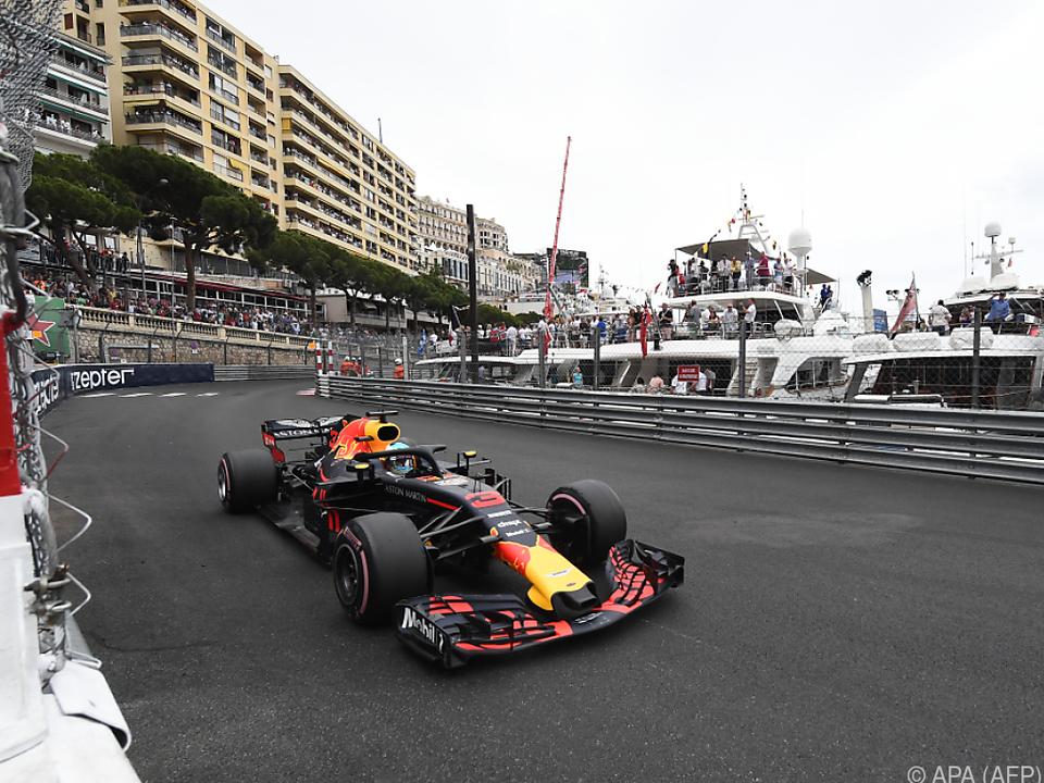 Ricciardo flitzte in Monaco an den Yachten vorbei