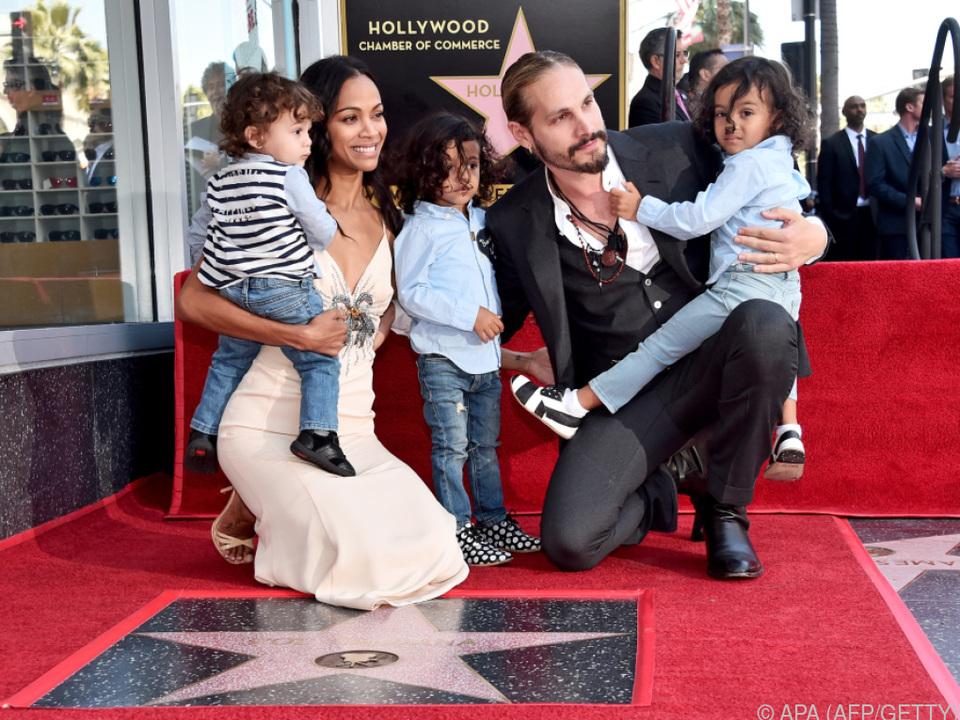 Saldana genoss den Moment gemeinsam mit ihrer Familie