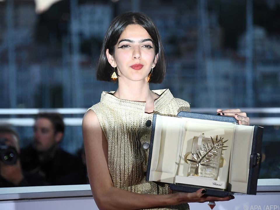 Solmaz Panahi übernahm für ihren Vater den Preis