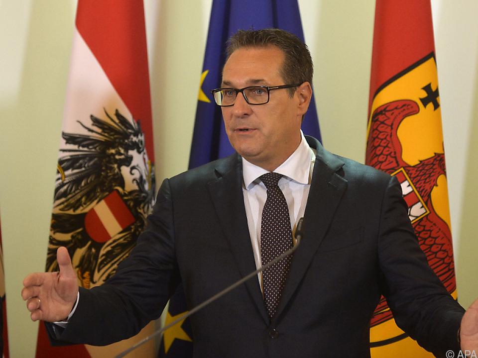 Strache kritisiert die starre Haltung der EU