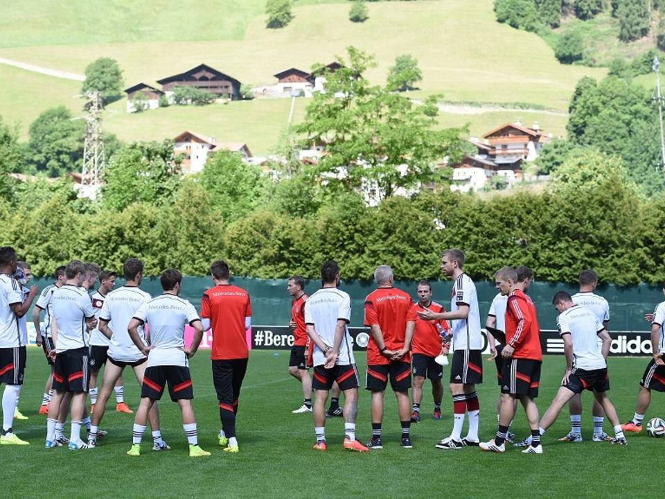 Fussball: DFB Trainingslager in Suedtirol, 24.05.2014