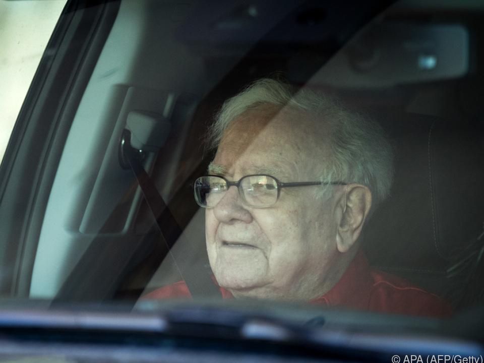 Warren Buffett glaubt nach wie vor nicht an Kryptowährungen
