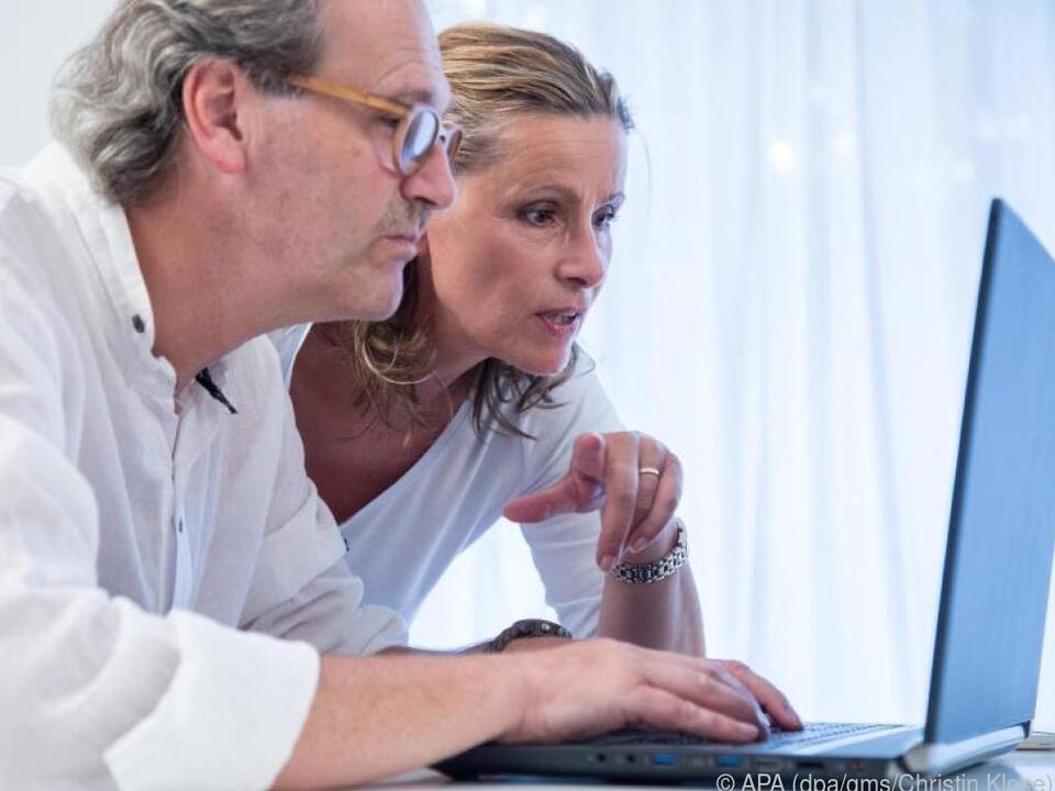 Wer oft schreibt oder Dokumente bearbeitet, liegt mit einem Laptop richtig