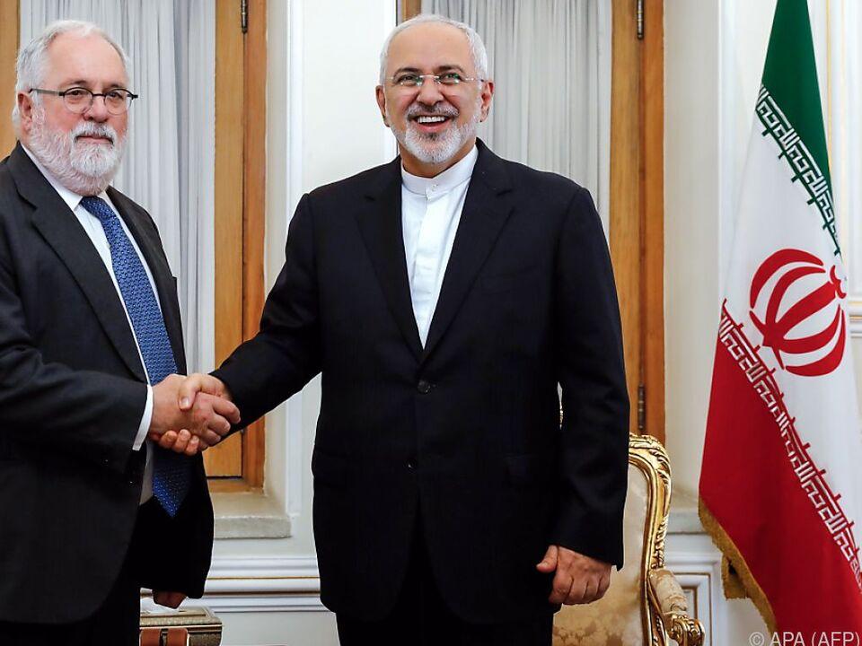 Zarif empfing in Teheran EU-Energiekommissar Cañete