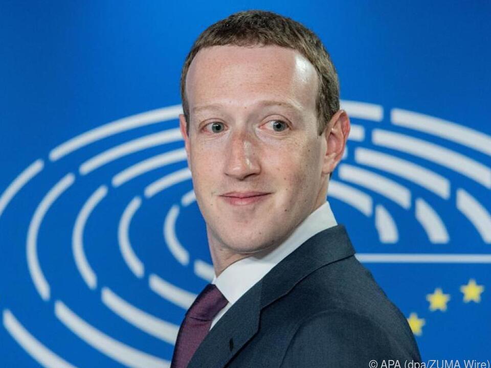 Zuckerberg ändert seine Verteidigungslinie