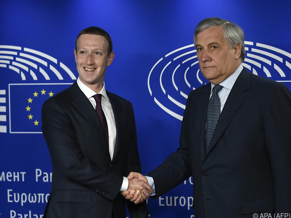 Zuckerberg zeigte sich deutlich besser gelaunt als Tajani