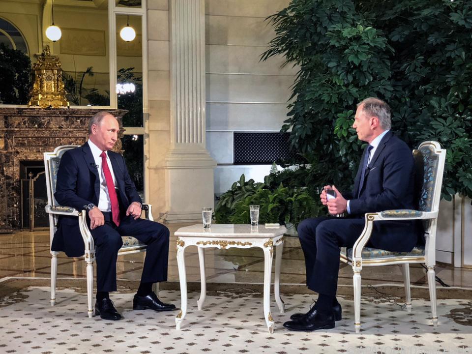 Armin Wolf interviewte Russlands Präsident im Kreml