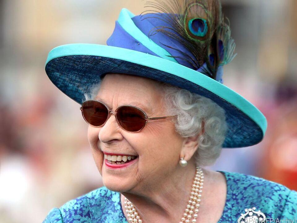 Augenprobleme: Queen Elizabeth zuletzt öfter mit Sonnenbrille