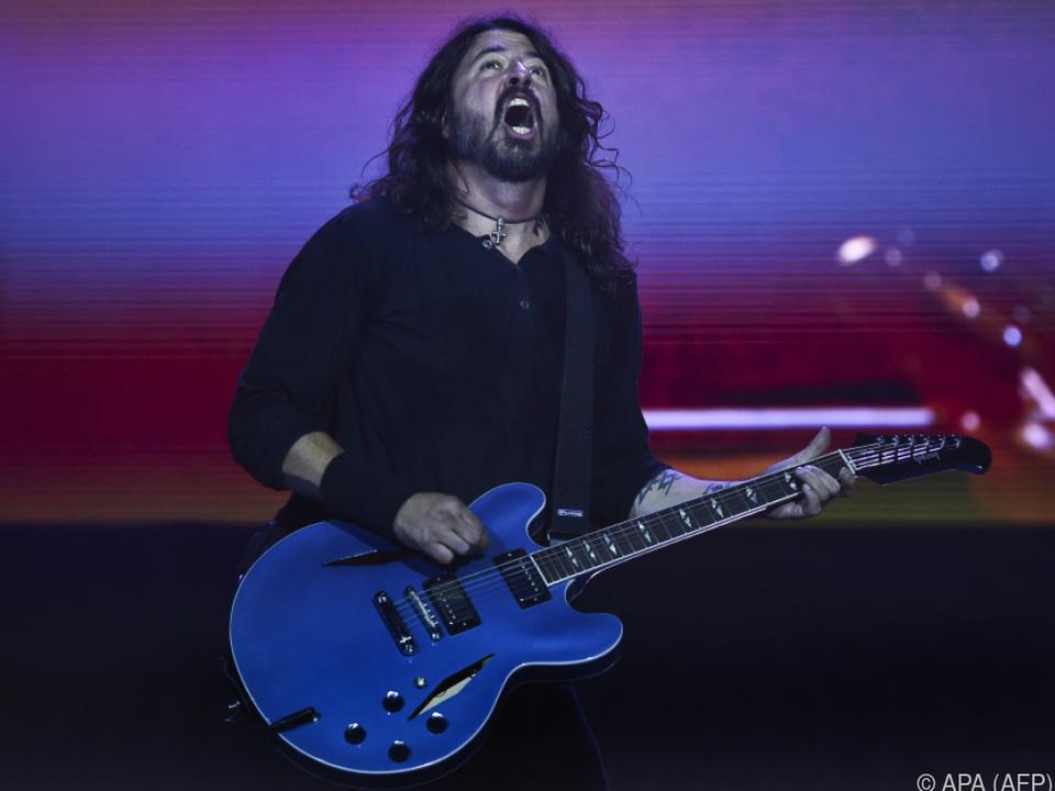 Bereits Fans von Foo Fighters rockten zu Hunderten