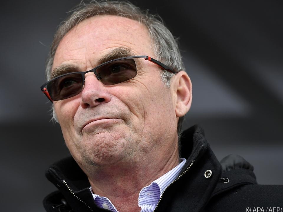 Bernard Hinault geht in Opposition zu Chris Froome