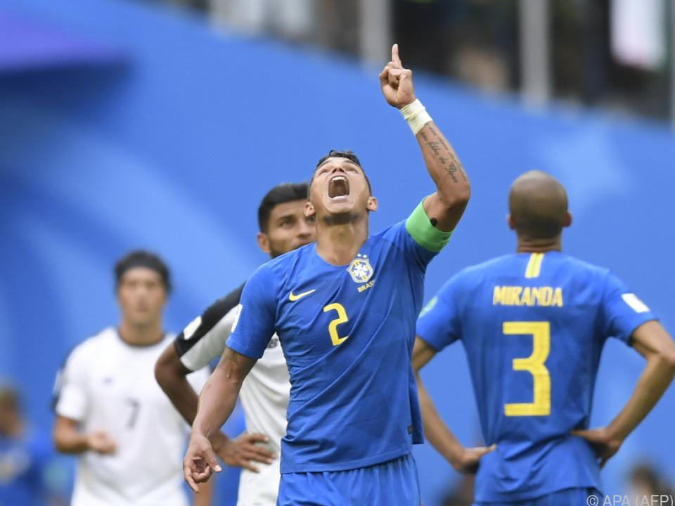 Brasilien jubelt über Sieg und Aufstieg