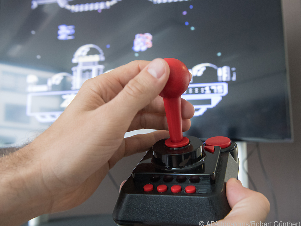Mit der Neuauflage des C64 kommt auch am Flachbildschirm Retro-Stimmung auf