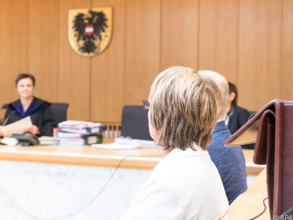 Die Frau wurde freigesprochen, der Mann zu 5.400 Euro verurteilt