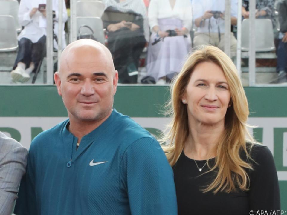Glückliches Ehepaar Steffi Graf und Andre Agassi