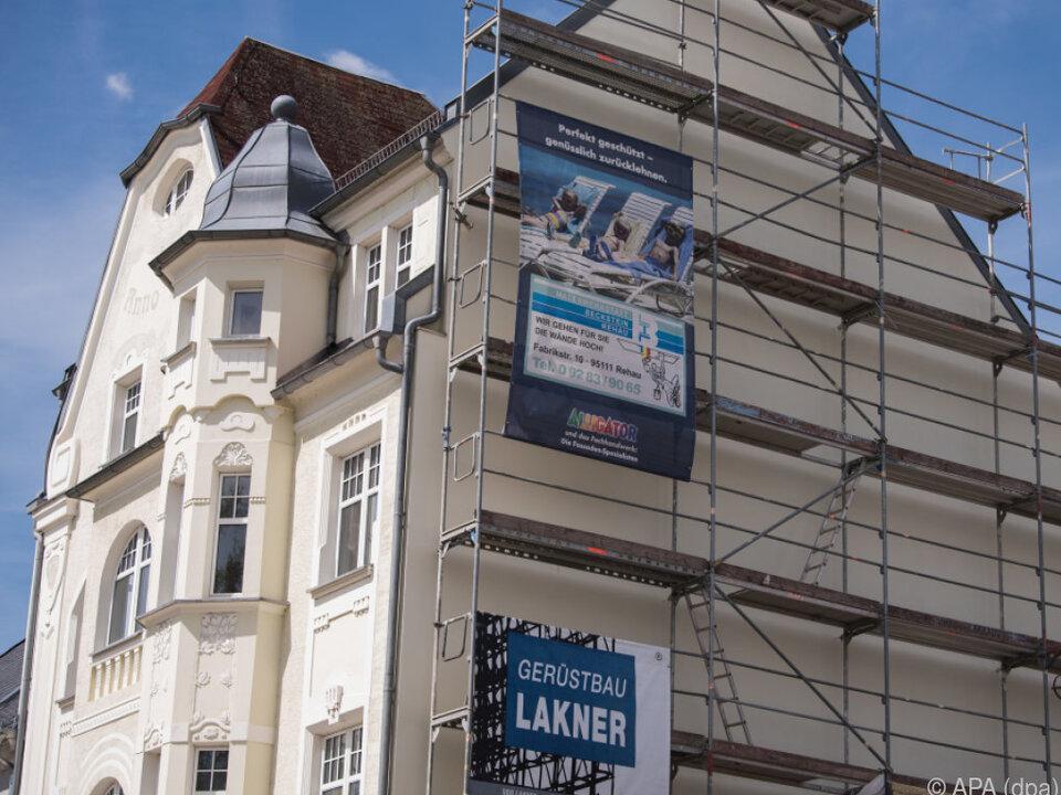 Gomringer-Gedicht Fassade in Rehau