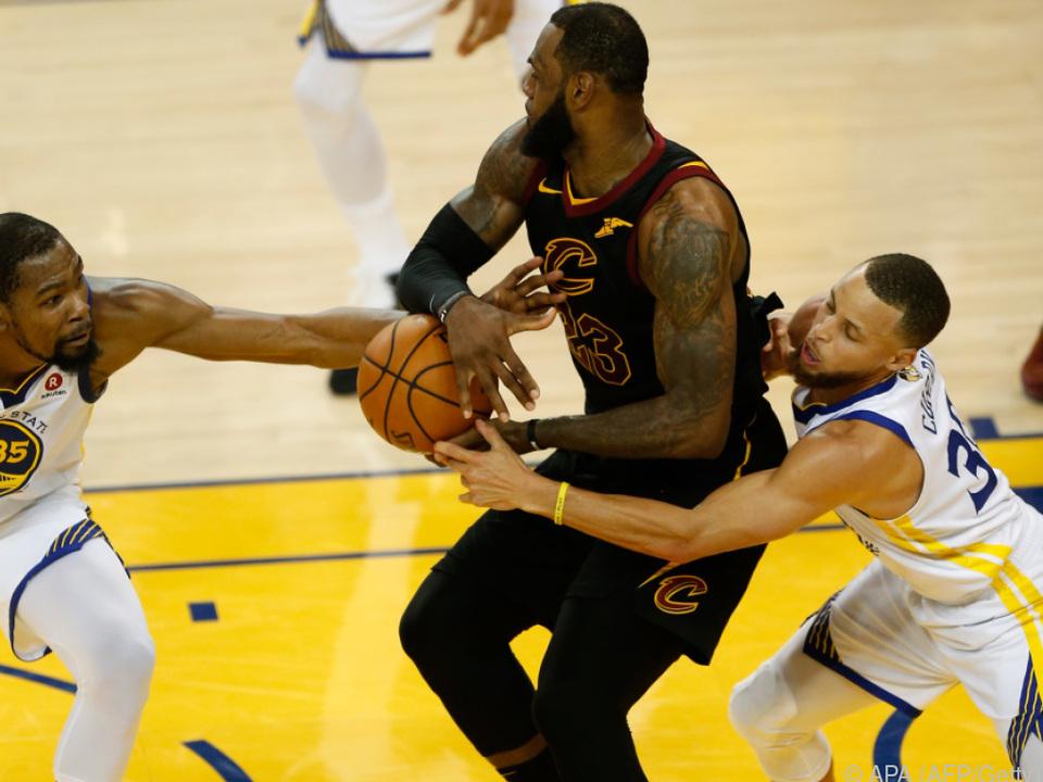 LeBron James gegen Kevin Durant und Stephen Curry