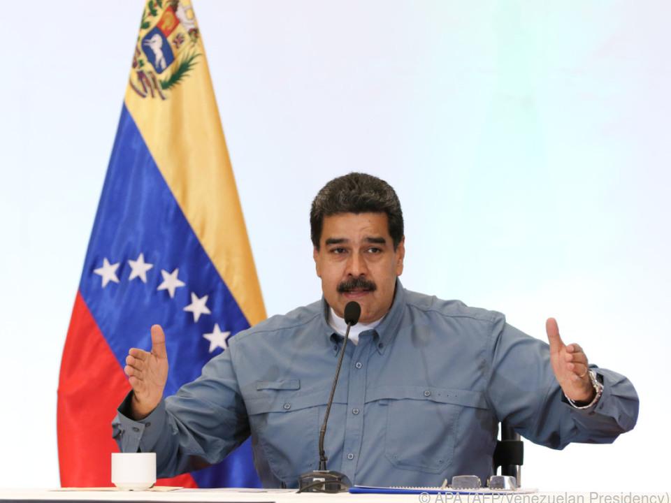Maduro treibt sein Land in die Isolation