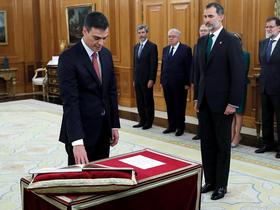 Pedro Sanchez ist neuer spanischer Regierungschef