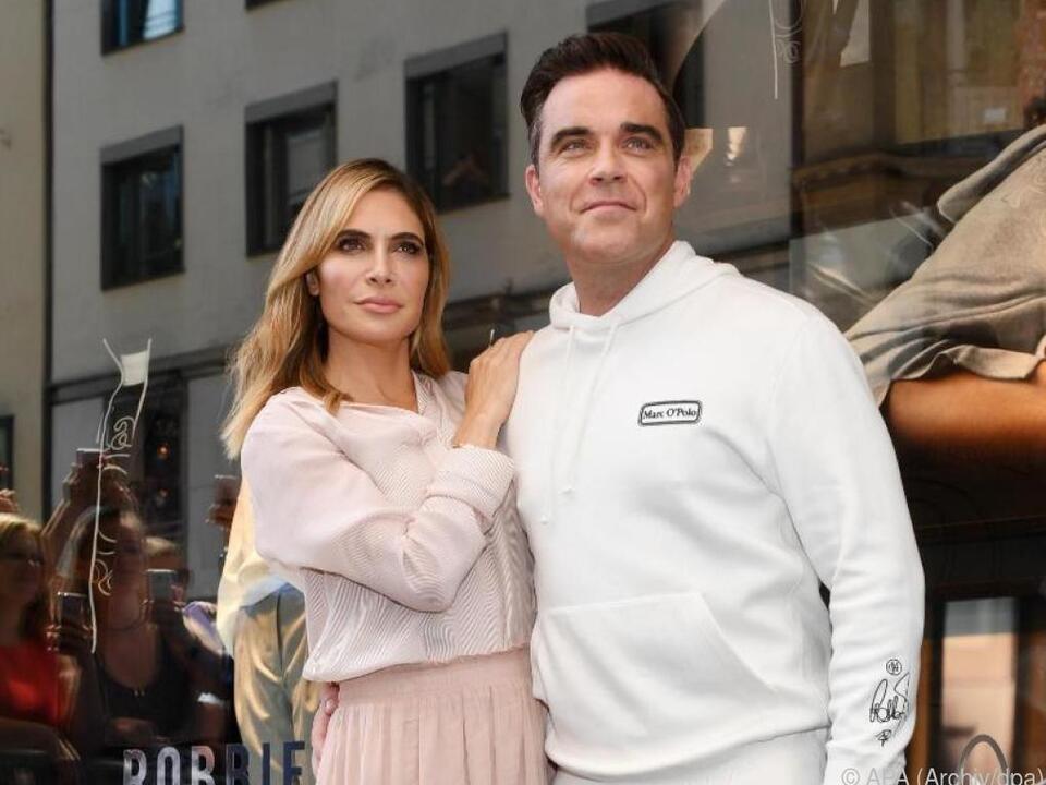 Robbie Williams und seine Frau Ayda entkamen über die Feuertreppe