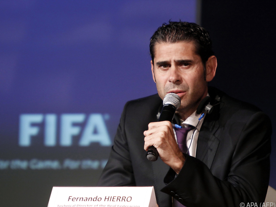 Rollenwechsel für Fernando Hierro